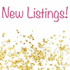 New listings! ➡️ 🌺 ➡️
